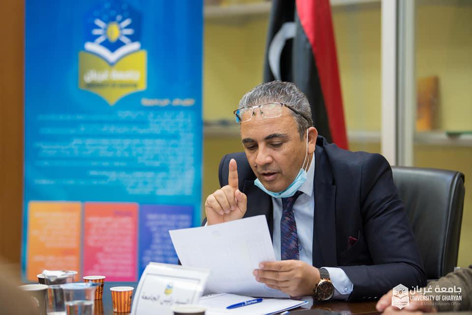 مجلس الجامعة يعقد اجتماعه الأول للعام 2021م بحضور نقابة أعضاء هيئة التدريس لمناقشة إجراءات عودة الدراسة