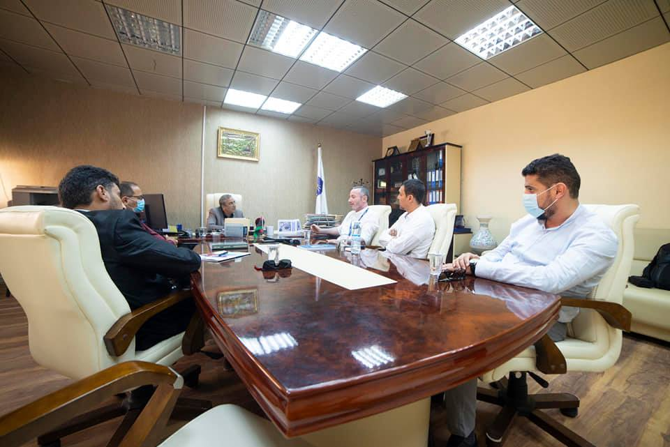 السيد رئيس الجامعة يستقبل منسق المكتب الوطني لبرنامج ايراسموس